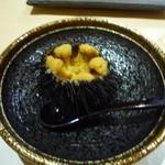 鮨四季の味 しおん - むらさきうに