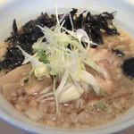 みそ道楽 - 背脂醤油拉麺(650円)