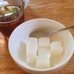 珈琲館 - 杏仁豆腐、アイスコーヒー