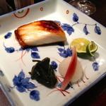 19163045 - 「あぶらぼうず」という深海魚の西京焼き・・・ 銀ダラよりも身が締まっていて、比較的あっさりした食感でした。