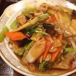 味仙 - 中華丼。