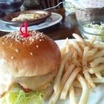 ティンバー - 10食限定のハンバーガー