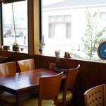 カフェ 美音 - 店内の様子