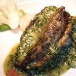 レストラン虫狩 - 料理写真:虫狩の看板メニュー!!柔らかく仕上げた活鮑の姿焼き