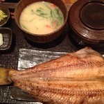 越後屋 三太夫 - 鰺のひらき定食690円