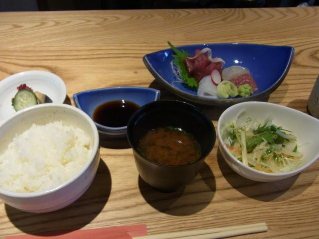 楽山 - 2013.5.27)刺身定食(1200円)