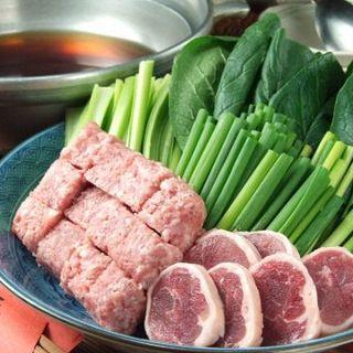 季節の食材を使った酒肴と鴨鍋