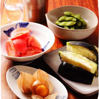 旬の食材を使用した季節のお料理