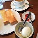 喫茶・お好み焼き おぞの - モーニングAセット 380円