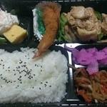 ぎゅうべえ - 料理写真:豚肉生姜焼重(エビフライ付)【NEW!】