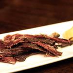 まくら木 - エゾ鹿肉のジャーキー