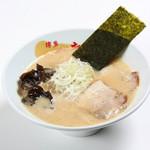 博多一幸舎 慶史 - 【豚骨ハイブリット】 豚骨のコクと鶏の甘みを仲良くまとめた、臭みがなく、パンチのある新博多ラーメン。