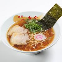 博多一幸舎 慶史 - 【醤油ハイブリット】 鶏の甘みと魚の和風を懐かしさでまとめた博多醤油ラーメン。