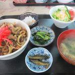 山菜料理のグランマ - 牛丼