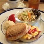 喫茶fe カフェっさ - マフィンサンドセット(モーニングメニュー)