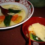 すゞ禅 - optio A30で撮影。名物ジャンボ茶碗蒸し。