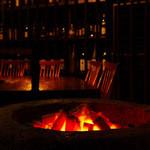 bar 松虎 - 恵比寿の街にひっそりと佇む大人の隠れ家。炭の火と無音の空間がリラックスした大人の時間を演出。