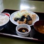 山田かん食堂 - 料理写真:古民芸調食堂 山田かん食堂 若鶏のいそあげ定食