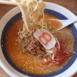 8番らーめん - 坦々麺。汗が出てくるよぉ~。