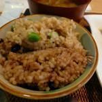 玄米食の店 のら - 十三雑穀と酵素玄米のご飯