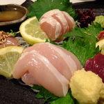地鶏居酒屋 ぼんじり - (ノ∇≦*)地鶏お造り盛合せ:1,250円('13.05月にて)