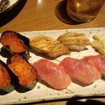 炙谷 - 寿司(いくら、あなご、とろ)