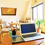 ピコピコカフェ - 無料Wifiや電源も気軽にご利用ください。