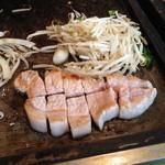 てっぱんやき むー - ランチの豚ロース ステーキ(840円)2013年5月