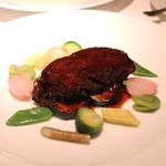 ル・ヴァンキャトル - 牛頬肉のマディラ煮込み