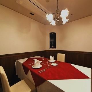 ≪個室完備≫少人数~大人数まで様々なタイプの個室が充実!