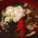"""布袋家 - 2013年5月31日金曜日。昼食。冷やしきのこおろし蕎麦を。そろそろ""""冷やし""""の季節ですね…。"""