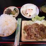 お食事処 鶴の恩返し - しょうが焼き定食(ご飯大盛り)