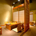 京都豆八 - ≪京町家の店内≫創作料理と落ち着いた町家ならではの雰囲気。