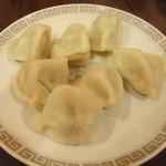 中華料理 万里 - 料理写真:水ギョウザ ¥480-