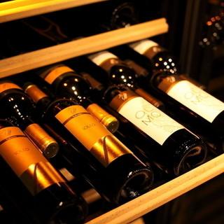 ワイナリー直送のさまざまなワインが味わえます