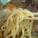 19247105 - 激震ラーメン麺拡大