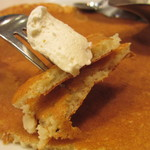 スラッピーケークス - バターミルクパンケーキ カット
