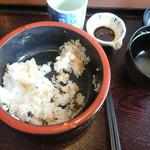 レストランまゆみ - おかずに合わせて食べた結果。