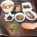 おばんざい おせんべい かまだ - ランチ梅御膳 1500円 おばんざい 【 2013年5月 】