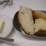 bisutorogyaro - パンとバター