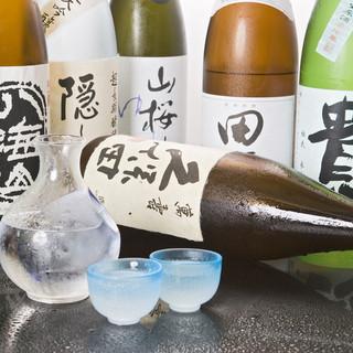 焼酎や日本酒は全国から取り揃えております。