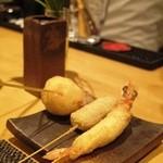 スペディーニ - 車エビ、牛ロース、えんどう豆のコロッケ