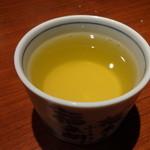 19261184 - 冷たいジャスミン茶