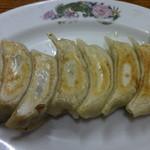 大連 - 鍋貼児(焼餃子):450円