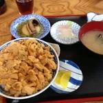 ぬいどう食堂 - うに丼 ¥1500