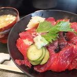 若松 - サービスランチのまぐろ丼¥500