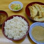 餃子どん - カリカリ揚げ餃子定食(5個750円)