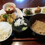 辻もと - 料理写真:豆腐の塩こんぶ入りつくね(600円)