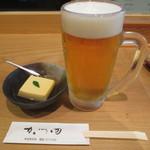 かつ田 - つきだしと生ビール