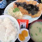 太郎 - 日替わり定食(みそカツ)